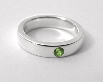 Sterling Silver Peridot Band - Peridot Band, Sterling Silver Peridot Ring, Sterling Silver Peridot Wedding Band, Sterling Peridot Band