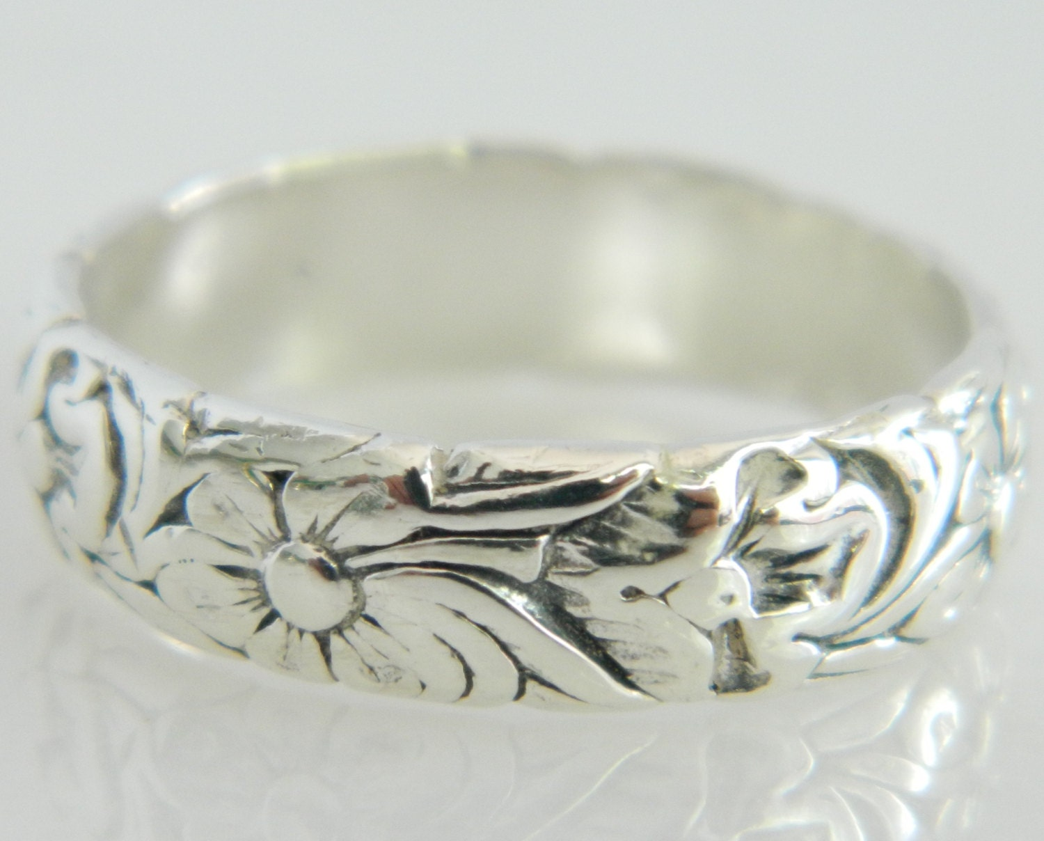 Vintage Floral Wedding Band 76