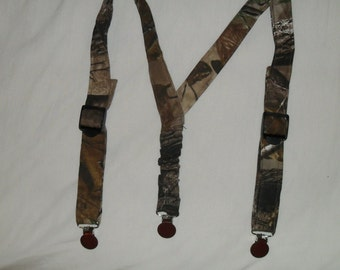 Real Tree Camo Kids Suspenders. Made with Real Tree camo Great for Weddings.Easter or anytime.Choose size from the select options below.