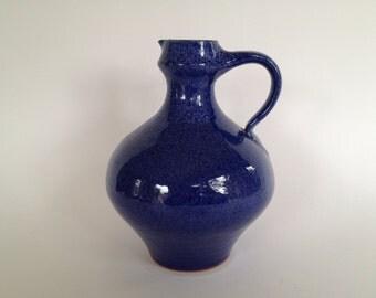 Töpferei Römhild Keramik /Siegfried Gramann Töpferhof Mid Century ceramic handmade  vase. Römhild  East Germany.