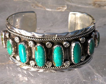 NAVAHO CUFF 8 Natural Turquoise Stones Exquisite Handmade