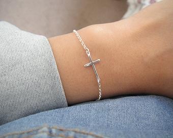 Sterling Silver Cross Bracelet, Minimalist, Sterling Silver Layer Bracelet, Small Sterling Silver Cross Charm
