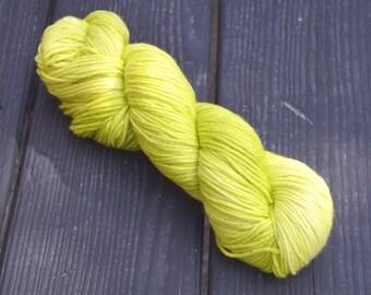 Comfort. Sweet Potato Vine. 100% Superwash Merino Woool Yarn, Worsted Weight, 220 Yards, 4 ply.
