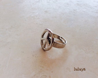Peace Sign Silver Tone Ring Adjustable Pretty Great Gift Birthday