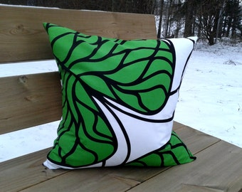 Pillow cover made from Marimekko fabric, pillow case, pillow sham, throw pillow cover, cushion cover, envelope pillow, Scandinavian modern
