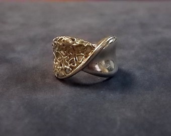 Vintage Estate .925 Sterling Silver Ring With Hearts Design 8.13g E1572