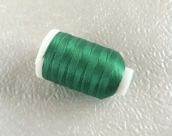 Vintage Gudebrod/Utica Silk Thread Spool, Grass Green, Size F, 185 Yards