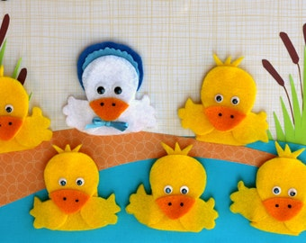 Five Little Ducks Finger Puppet Set