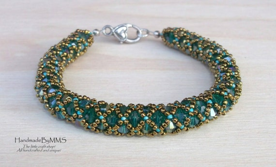 Beaded bracelet made of Swarovski crystal, Beadwork, Crystal bracelet, Statement bracelet, Bracelet for her, Gift for her