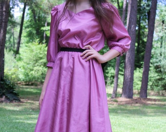 VIntage 70s Mauve Long Sleeve Knee Length Dress