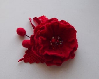Red flower brooch  -Felt brooch-Textile brooch -Felt flower pins -Felted gift women-brooch felt-felt jewelry