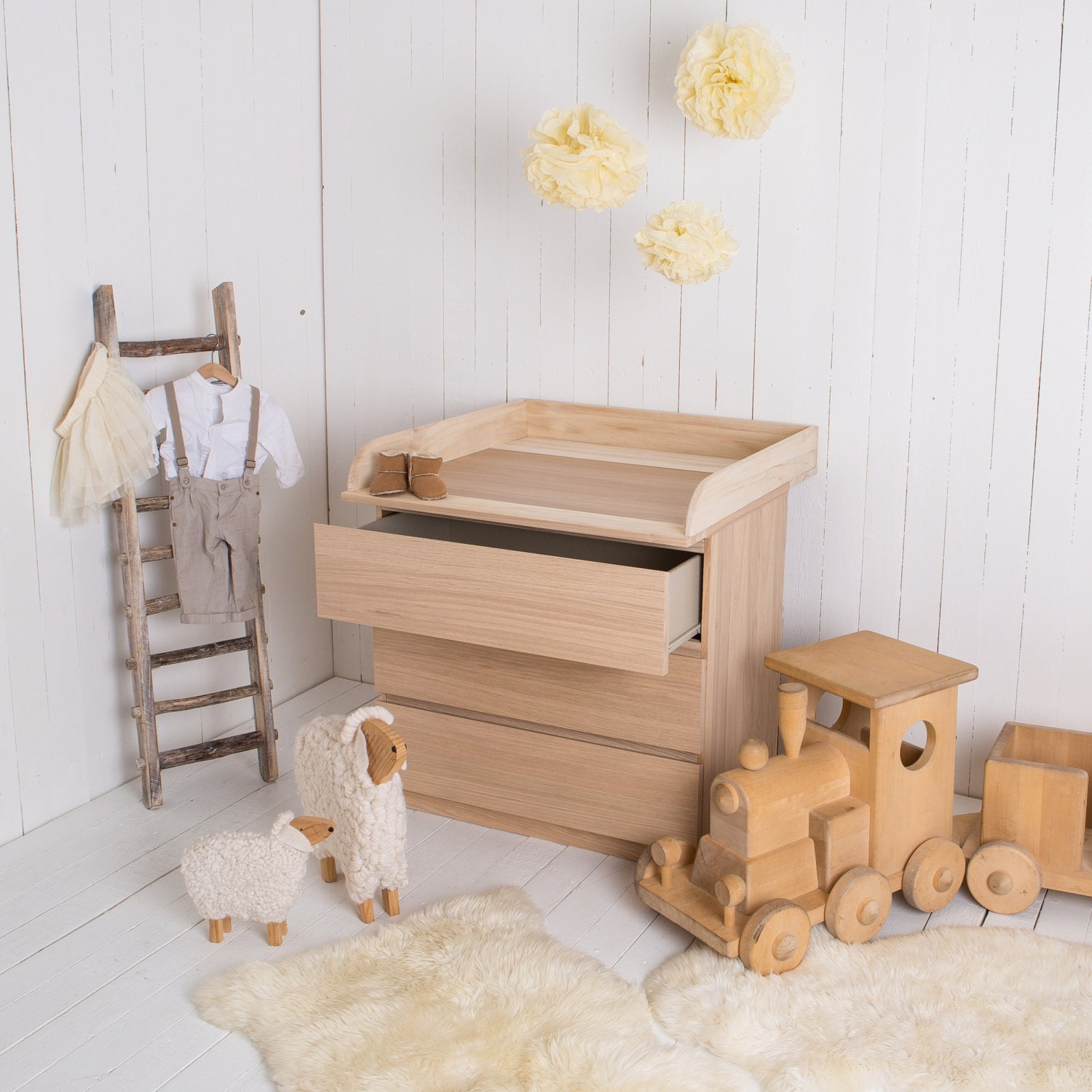 New natural wood changing unit table top cot top for ikea for Commode table a langer bebe