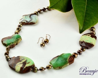 Green necklace Earthy tones Gemstone jewellery Semi-precious necklace Beauje Handcrafted Unique Designer Gift Box Sterling Silver Pearls