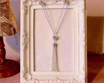 Vintage/flapper/Gatsby/1920's/Art Deco long silver plate necklace with filigree beads and tassel
