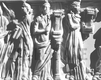 Greek statue,Greek Ladies,Sculpture,Black and white photography