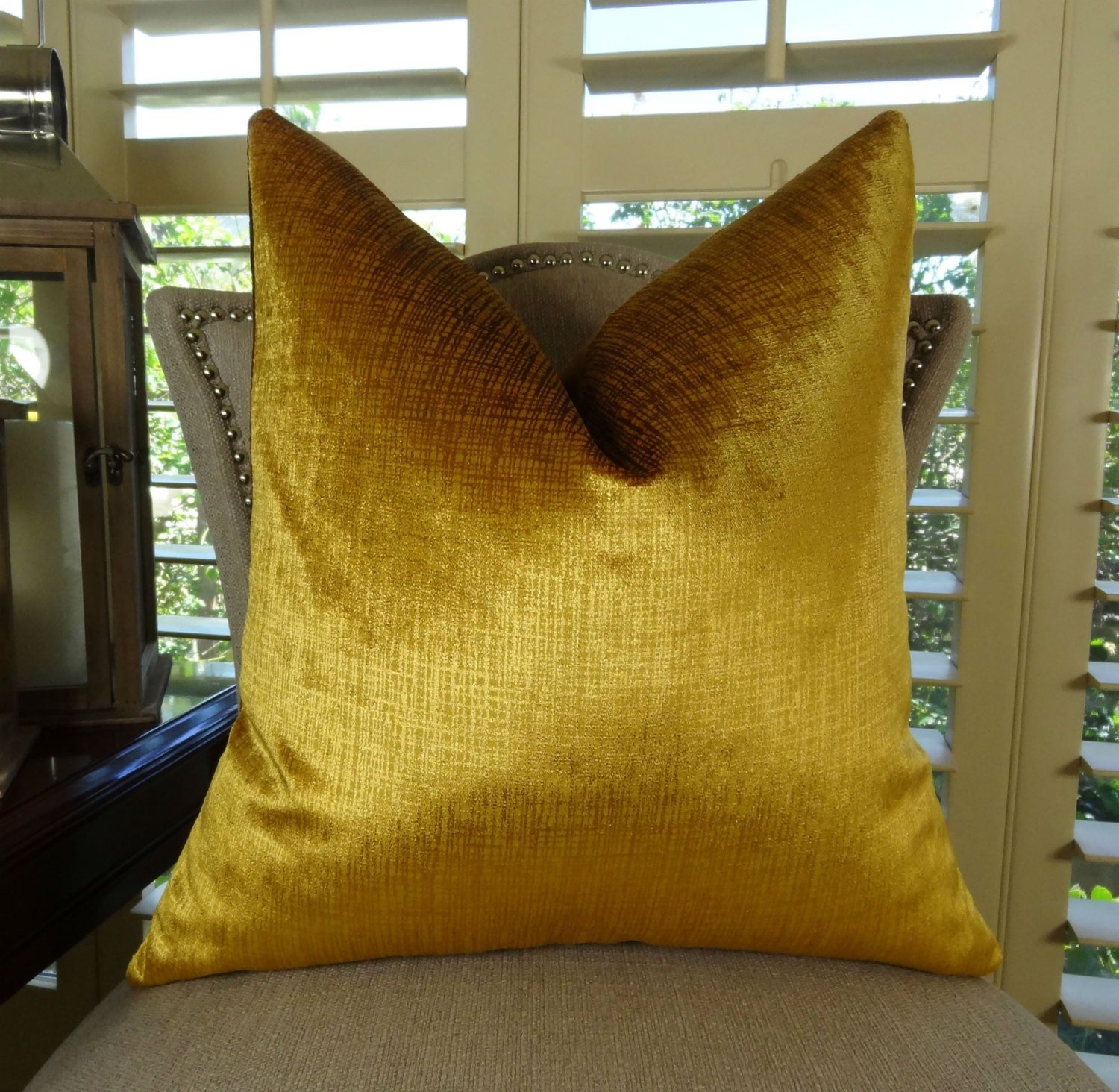 Gold throw pillow cover luxury designer decorative gold for Luxury decorative throw pillows
