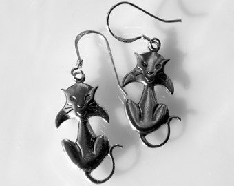 Sterling Silver Cat Earrings Dangle from A Sterling Silver Wire
