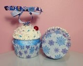 "Christmas Cupcake Ornament - ""Frozen"""