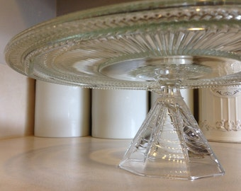 Glass Cake & Pie Stand with Simple Glass Base
