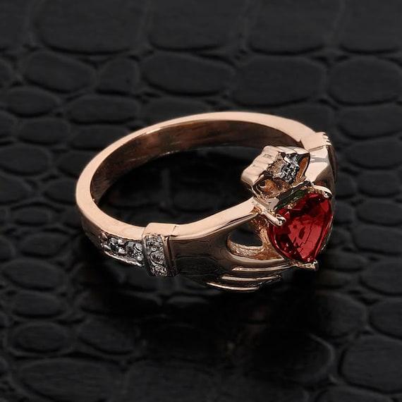 rose gold claddagh ring w natural garnet diamonds diamond. Black Bedroom Furniture Sets. Home Design Ideas