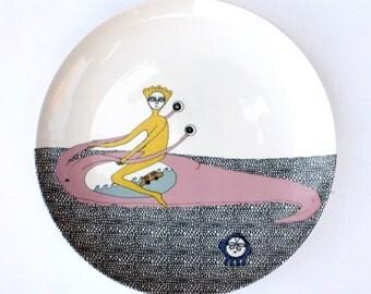 """Dinner plate illustrated decal""""Man Riding Car Sea Slug"""""""