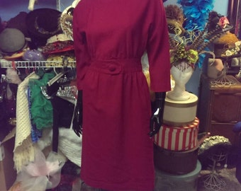 FREE SHIPPING!!! Beautiful vintage 1950 wiggle dress day dress mad men for women berry color small size bombshell!