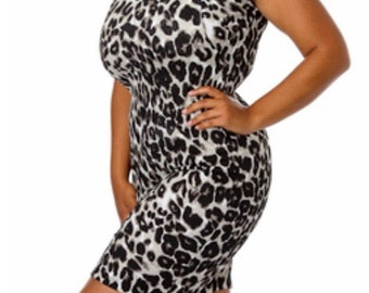 Plus Size Black and White Leopard dress