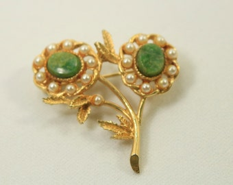 Resereved Vintage Faux Pearl and Green Stone  old Tone Metal Flower Brooch Pin Vintage Jewelry Vincge Flower Brooch