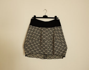 cotton skirt , egg shape , ideal for generous hips