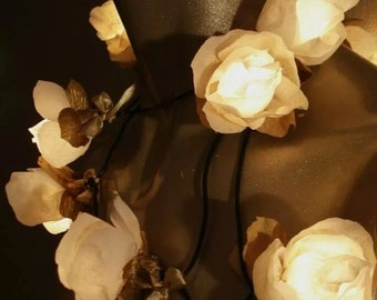 String Lights of 20 Roses - Flower String Lights - Party Fairy Lights - White Gold - Bedroom Lighting - Handmade Fairylights - NajaKonicaSan