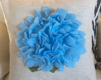 Summer Hydrangea Pillow, Blue Felt Hydrangea Pillow, Sky Blue Throw Pillow, Spring Accent Pillow,Flower Pillow, Mother's Day Gift Pillow
