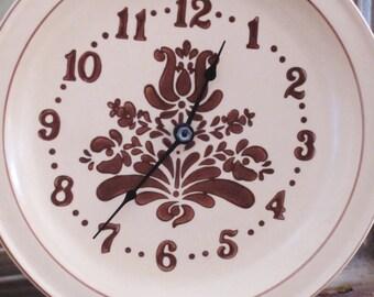 Pfaltzgraff Village Clock Plate