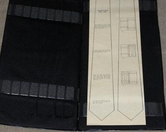 Vintage/Antique Travel Necktie Case, Men's Tie Butler, Hanging Tie Holder, Tie Valet, Gift for Man, with Instruction Paper, Very Old