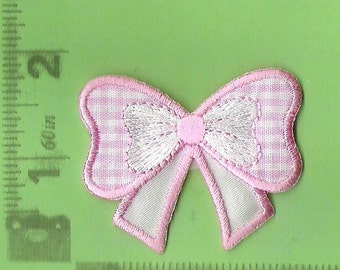 Pretty pink gingham bow embroidered iron on patch