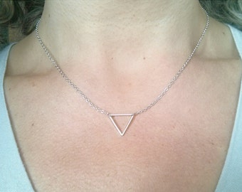 Tiny Silver Necklace, Triangle Necklace, Dainty Necklace, Simple Delicate Necklace, Minimal Silver Necklace, Modern Necklace,Choker Necklace