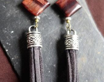 Ethnic stone of Taurus eye loops