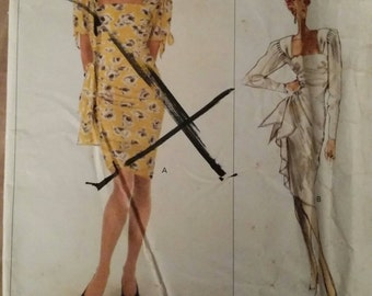 Vintage Vogue 2310 Pattern Misses' Dress, Close Fitting Dress Pattern. Size 8