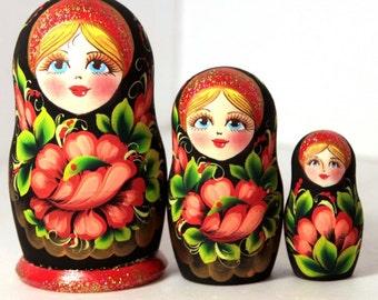 Nesting doll matryoshka babushka russian dolls - kod991