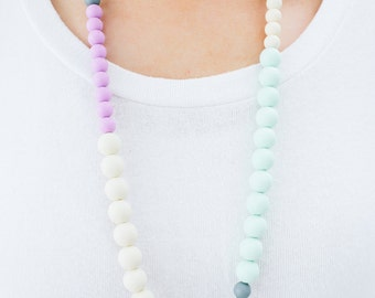 SALE Teething Necklace Silicone Nursing Necklace Kelsie - Lilac Cream Grey Mint
