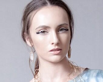 Raw Quartz Dangle Earrings, Long Gold Earrings, Drop Earrings with Stone, Semi Precious Jewelry, Boho Earrings, Wedding Jewelry, Bohemian