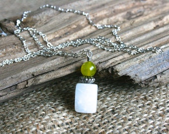 Bar Harbor necklace, white necklace, yellow necklace, silver necklace, stone necklace, dainty jewelry, trendy jewelry, modern necklace