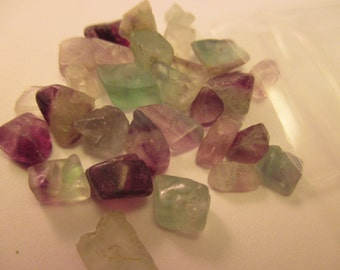 Fluorite Chips, 10 Gram Package. Item:BC818581