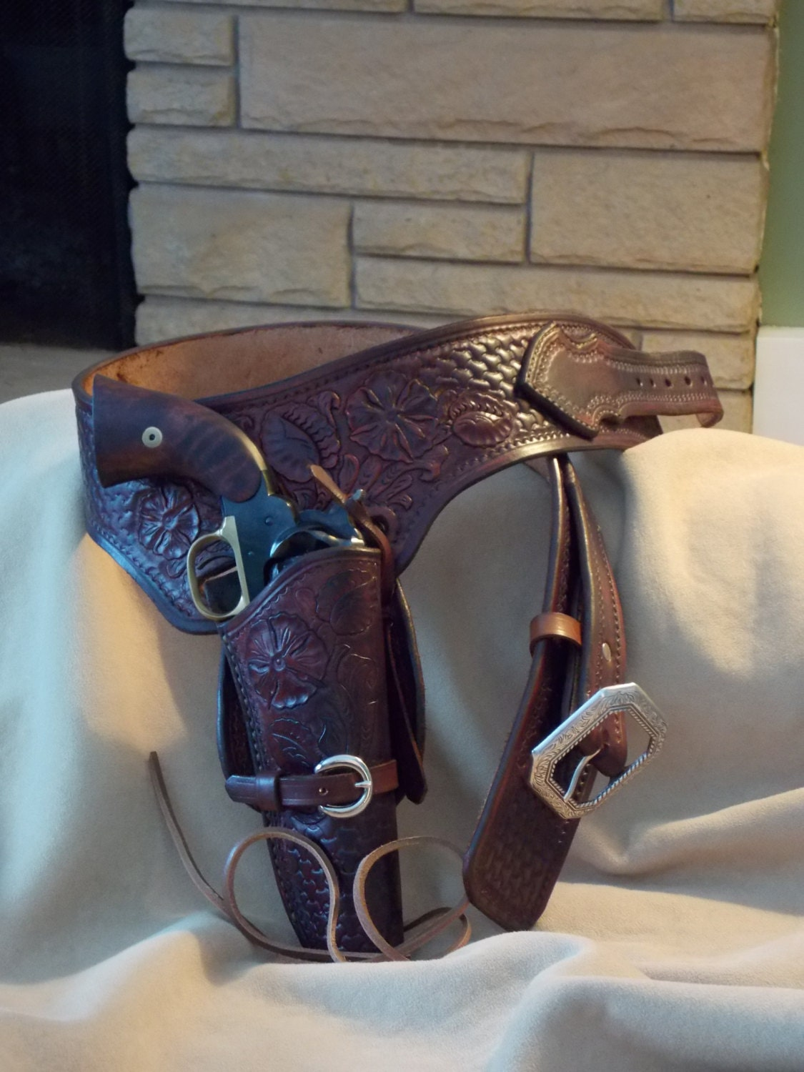 tooled leather gun belt and holster