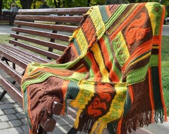 Wool knitted throw - Squirrels & acorns - Brown orange green yellow - Handmade blanket - Automn throw - Patchwork throw - Knitted blanket