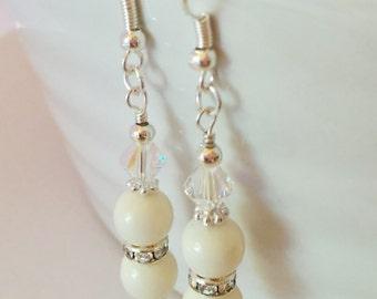 Ivory Crystal Earrings Wedding Earrings Bridesmaid Earrings Mother of the Bride Gift Swarovski Crystal Pearl Jewelry Ivory Pearl Earrings
