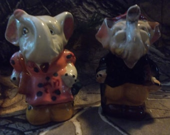 Vintage Elephant Couple salt and pepper shakers