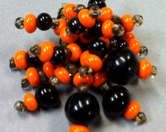 Unsigned MIRIAM HASKELL Designer, Glass Bead DRESS Clip, Vintage 1940's Ww2 Brooch Pin
