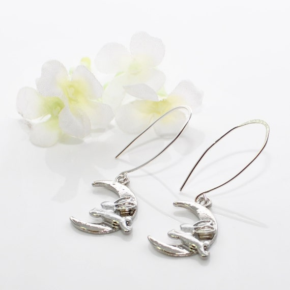 bunny earrings silver bunny rabbit earrings the moon rabbit and moon 759