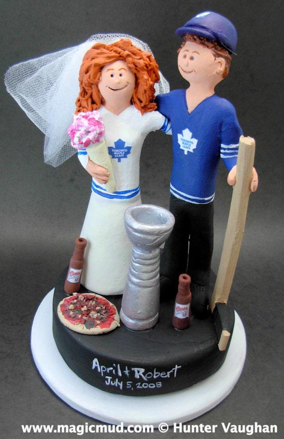 Toronto Maple Leaf\'s Hockey Wedding Cake Topper Hockey
