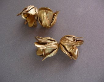 2 Rose Bead Caps in Brass - Small (2)